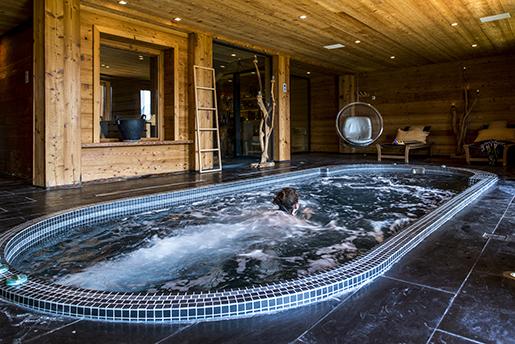 l 39 entreprise antibes des bulles de bonheur pour clair azur petites affiches des alpes. Black Bedroom Furniture Sets. Home Design Ideas